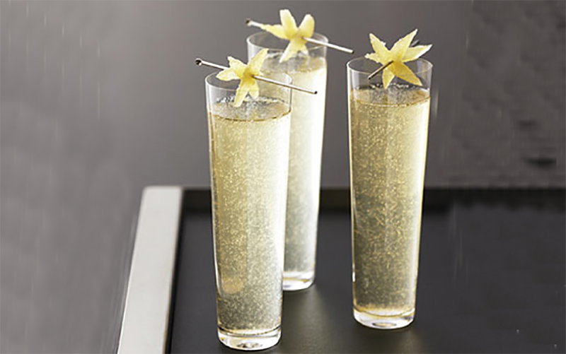 Алкогольные коктейли на Новый 2020 год: интересные рецепты